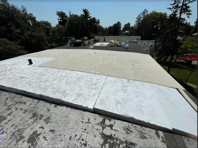The Expanding Role of EPS (Expanded Polystyrene) in Roofing Construction
